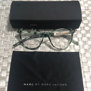 Authentic Marc Jacobs Woman Frame